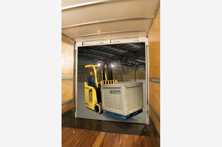 E30-40HSD3 3 Wheel Electric Stand-up Forklift