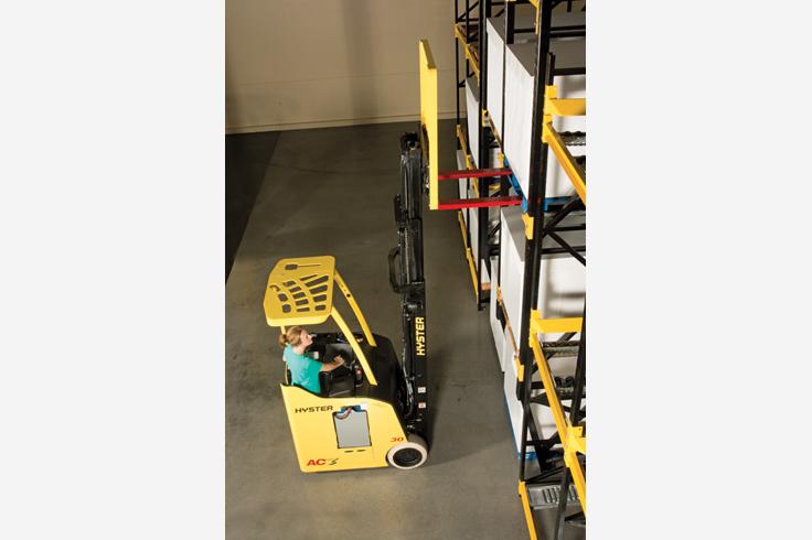 E30-40HSD3 3 Wheel Electric Forklift