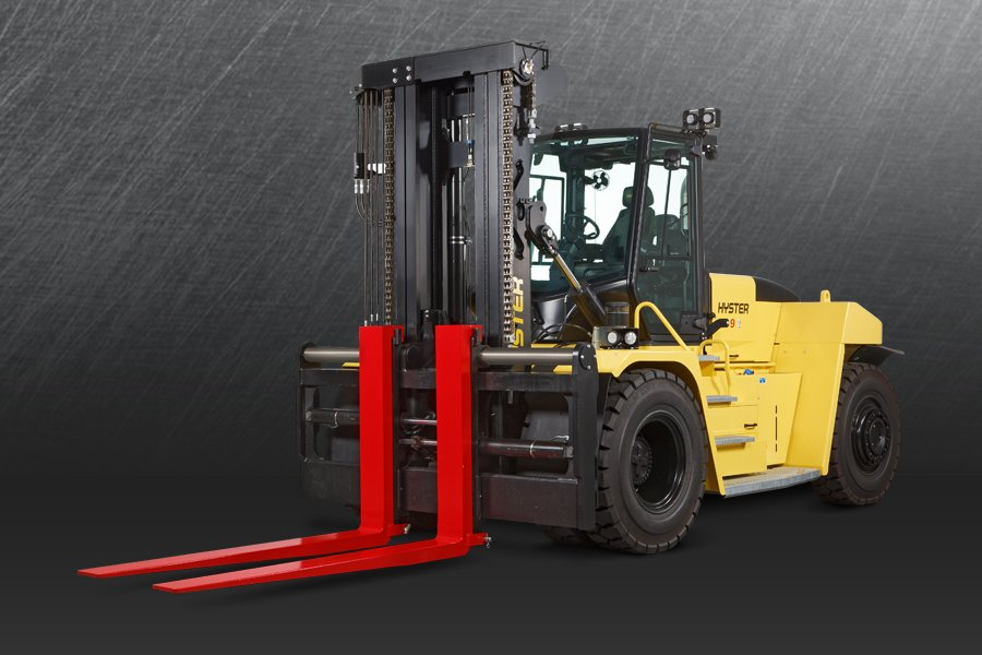 HANDLES TIGHT TURNS AND HEAVY LOADS WITH EASE